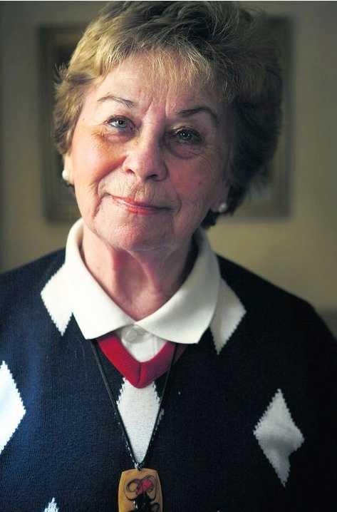 hon överlevde – familjen förintades Magda Eggens, 85, kom till koncentrationslägret Auschwitz i Polen i maj 1944. Hon bedömdes som arbetsför och blev fånge nummer 11343. Men lillasyster Judith, mamma Flora och pappa Sandor tvingades gå åt ett annat håll, och Magda fick aldrig se dem igen.