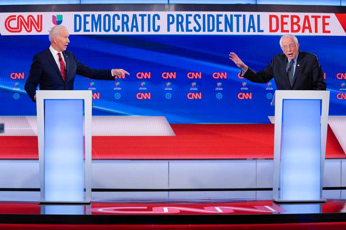 Under debatten i söndags stod de två kandidaternas podier två meter ifrån varandra. I natt är det dags för tre nya delstater att gå till primärval igen.