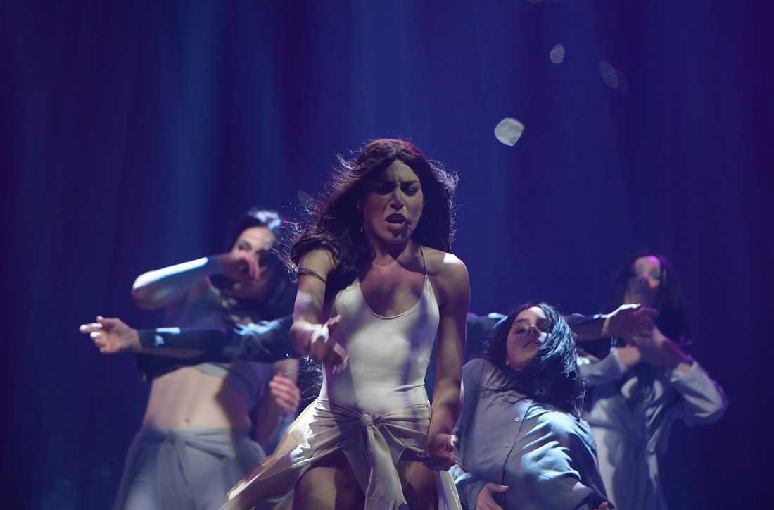 Loreen på scenen under fredagens genrep.