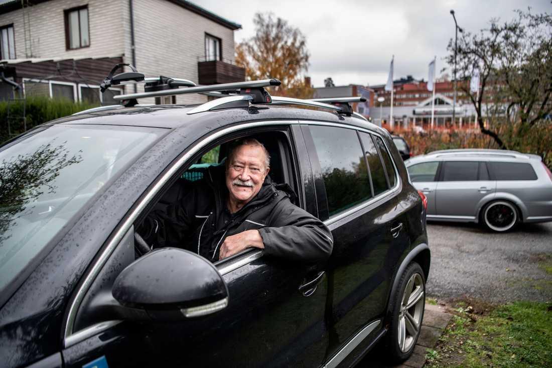 Enligt statistiken är Rolf Princis, 75, en av Sveriges säkraste bilförare – till följd av sin ålder.