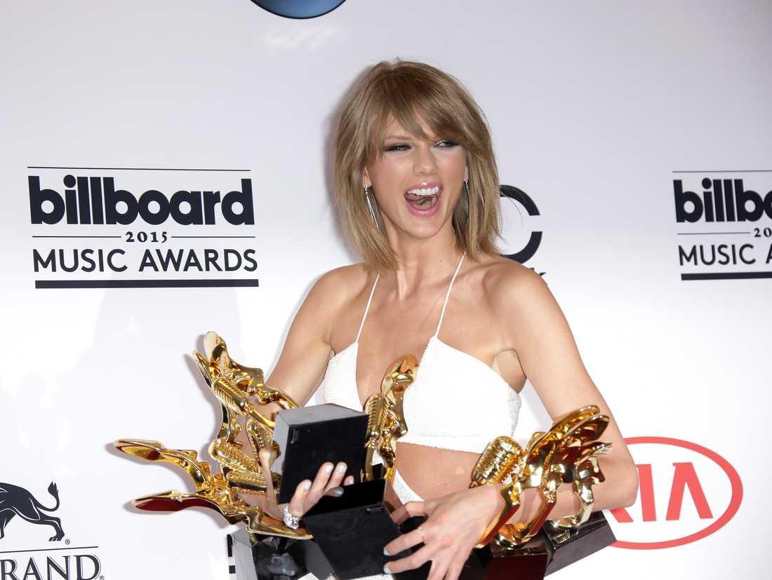 Taylor Swift med alla priser.