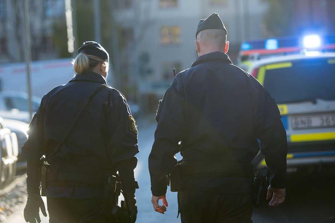 Enligt färska siffror från Aftonbladet/Inizio sjunker stödet för polisen kraftigt.