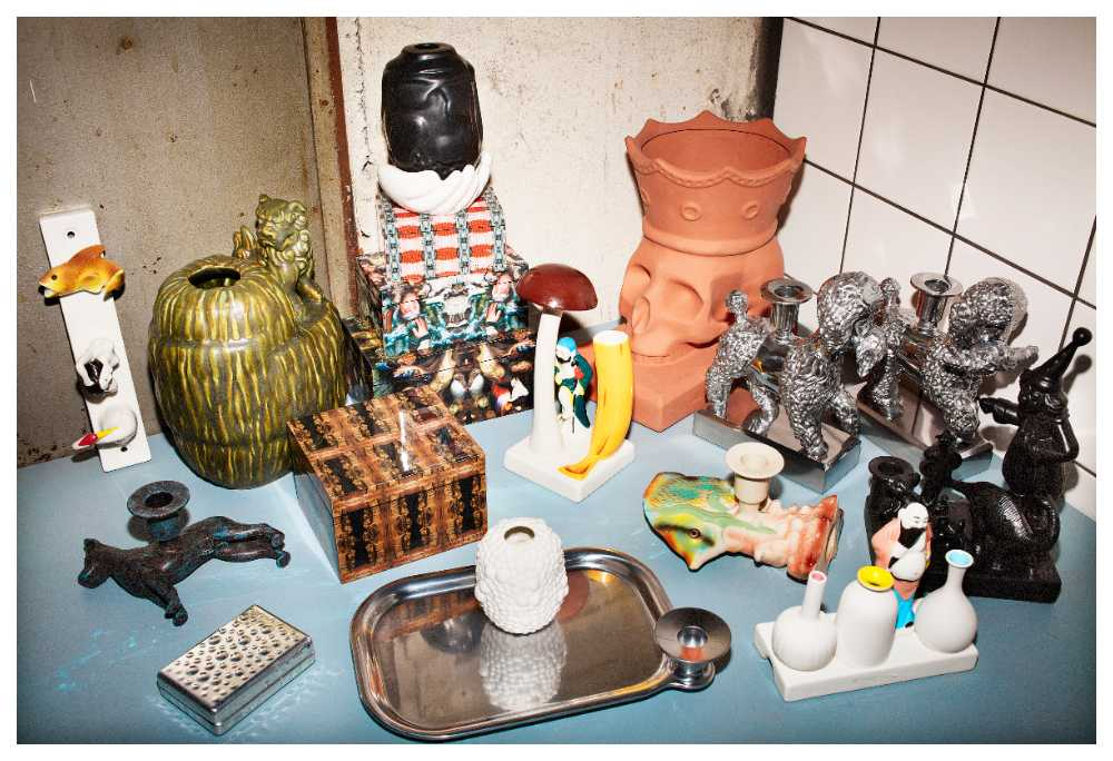 """Konstnären Per B Sundberg har skapat kollektionen """"Föremål"""" för Ikea."""