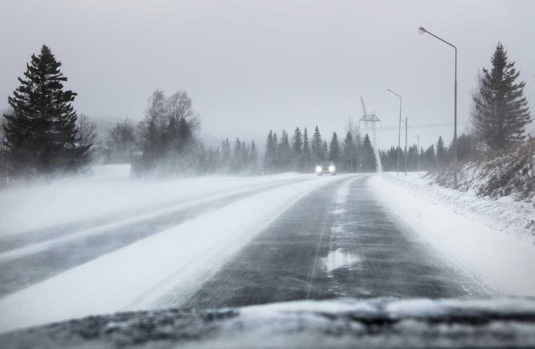 Bilister i Småland får se upp för snöhalka under onsdagen. Arkivbild.