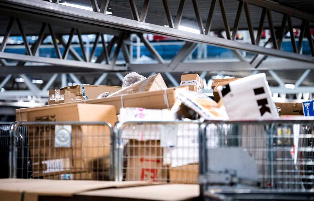 Arkivbild från en av Postnords terminaler.