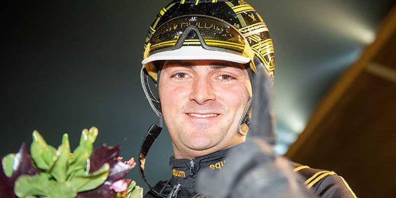 Marc Elias kör loppet med 4,8 miljoner kronor i förstapris.