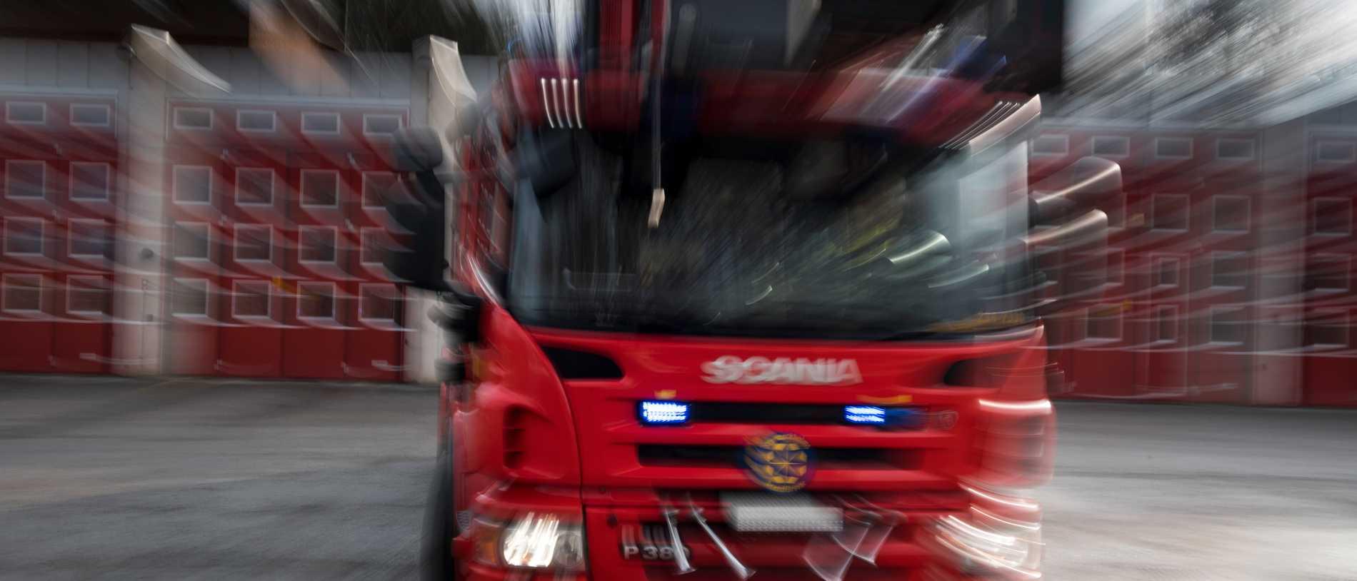 Fyra skadade i storbrand i Lindome