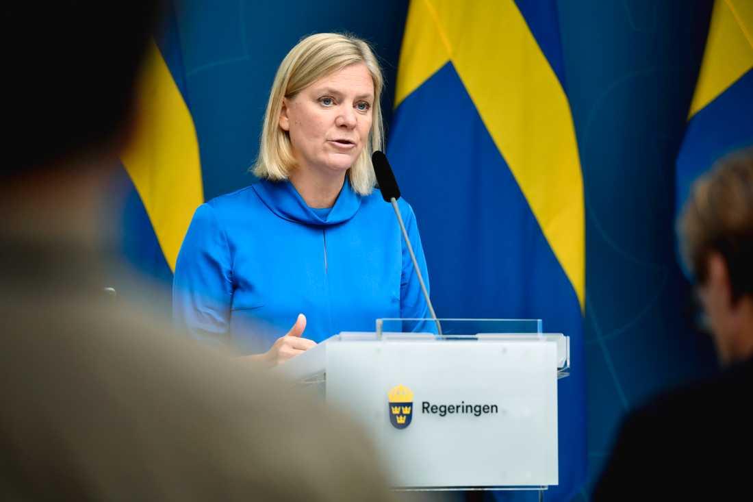 """""""Nio av tio av Sveriges pensionärer kommer få mer pengar i plånboken nästa år"""", säger finansminister Magdalena Andersson (S)."""