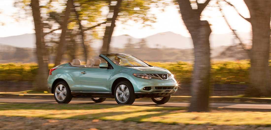 Nissan Murano Crosscabriolet, den första av de taklösa suvarna och som lades ner 2014 på grund av dålig efterfrågan.