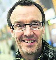 ÄR DINA BARN SMARTARE ÄN DIG? Anders Norin, 55, tandläkare, Söderhamn:– Ja, mer street-smart. De är vana med mer inputs och bättre på att hantera ny information.