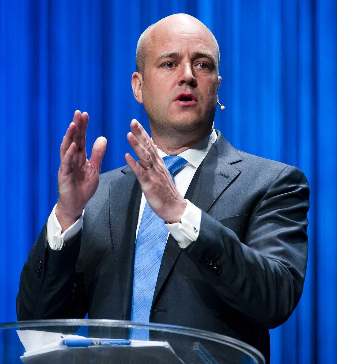 MANAR TILL SAMLING I DAG Statsminister Fredrik Reinfeldt uppmanar oss att samlas för att tillsammans visa vårt stöd för de baltiska staternas självständighet.