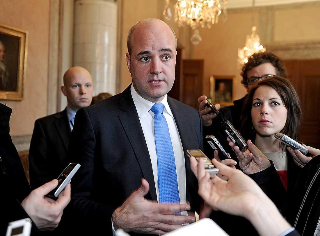 Statsminister Fredrik Reinfeldt sa trots gårdagens krisåtgärder att han inte tror att vanvården i äldrevården är utbredd ...