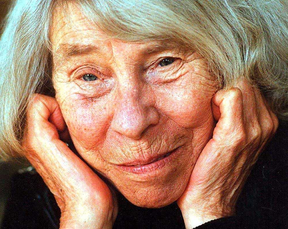 Efter framgångarna med de illustrerade sagorna om Mumintrollen övergick Tove Jansson (1914–2001) i början av 1970-talet till noveller och romaner.