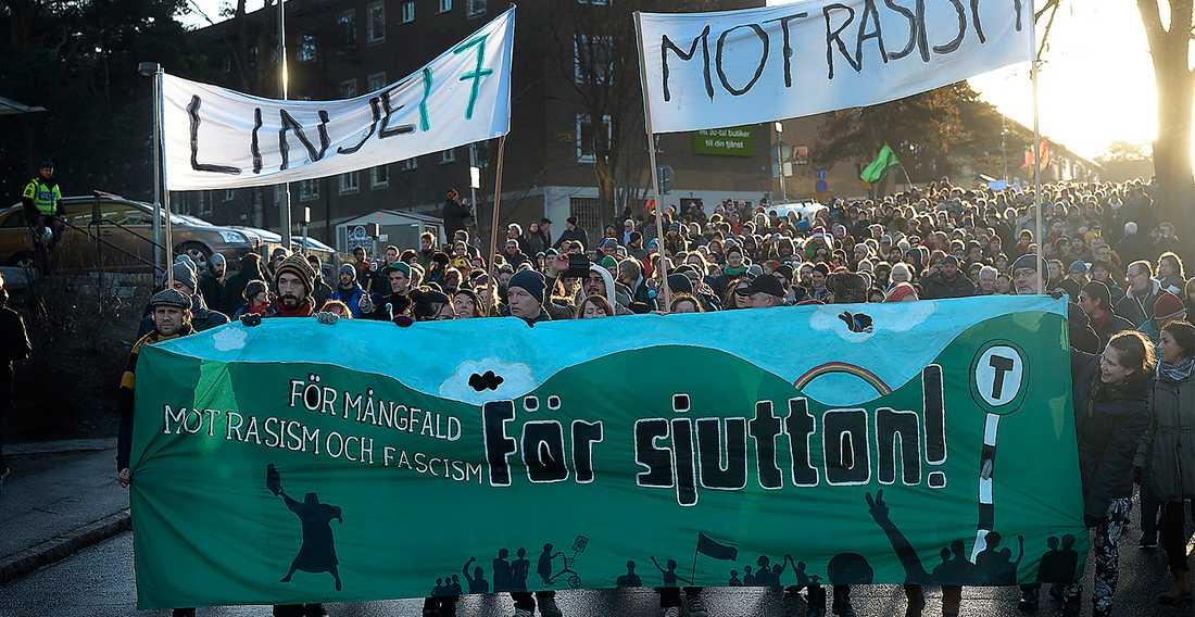 Vid Kärrtorpmanifestationen den 22 december deltog runt 16 000 personer. Foto: Urban Andersson