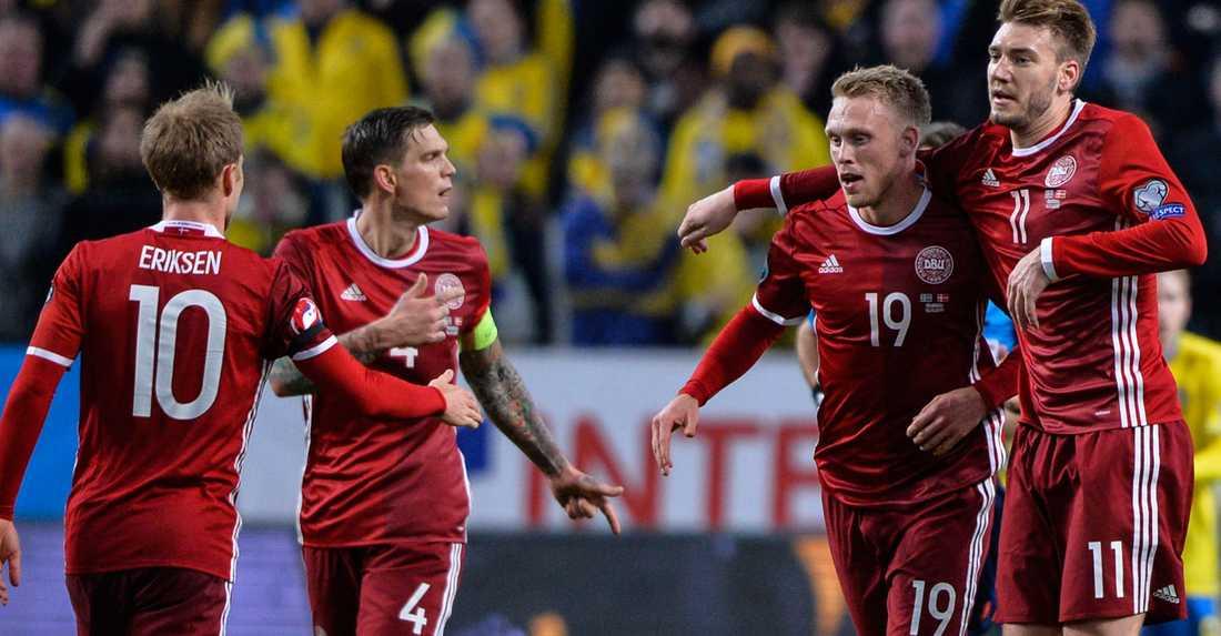 Danmark har fått ett litet halmstrå att komma med till EM trots allt.