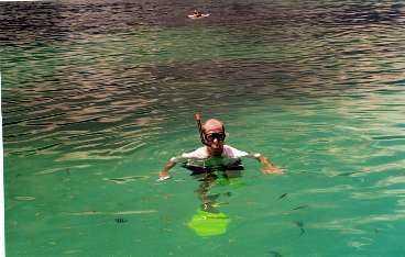 Sola, bada, snorkla och dyka.