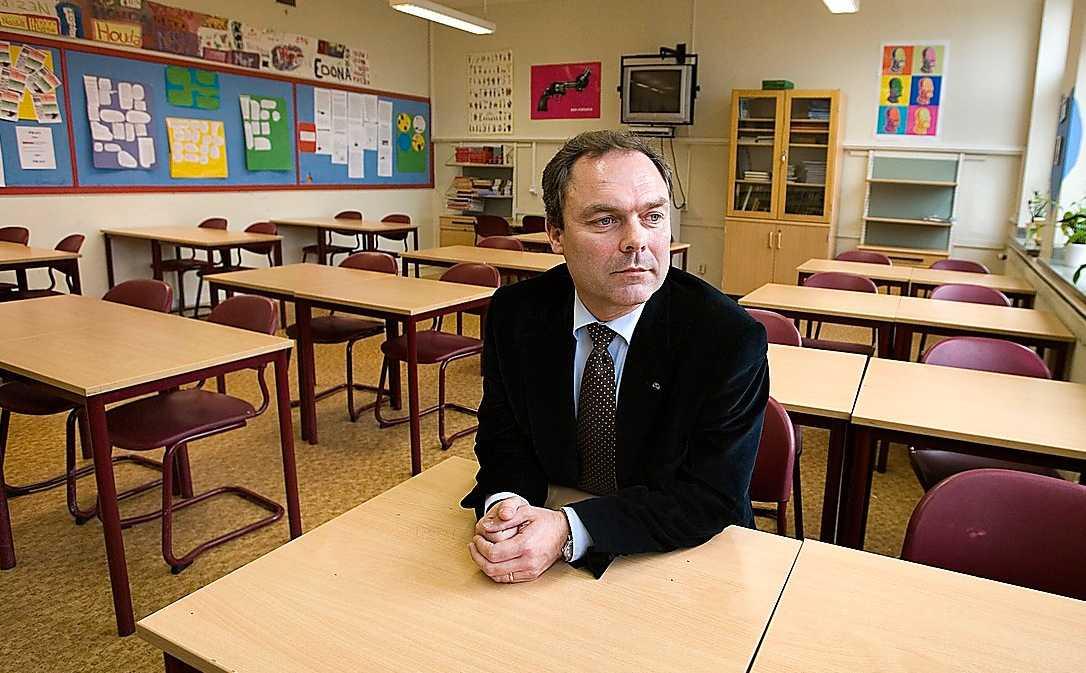Kvarsittning Vår utbildningsminister har stängt dörren för yrkesutbildningarna.