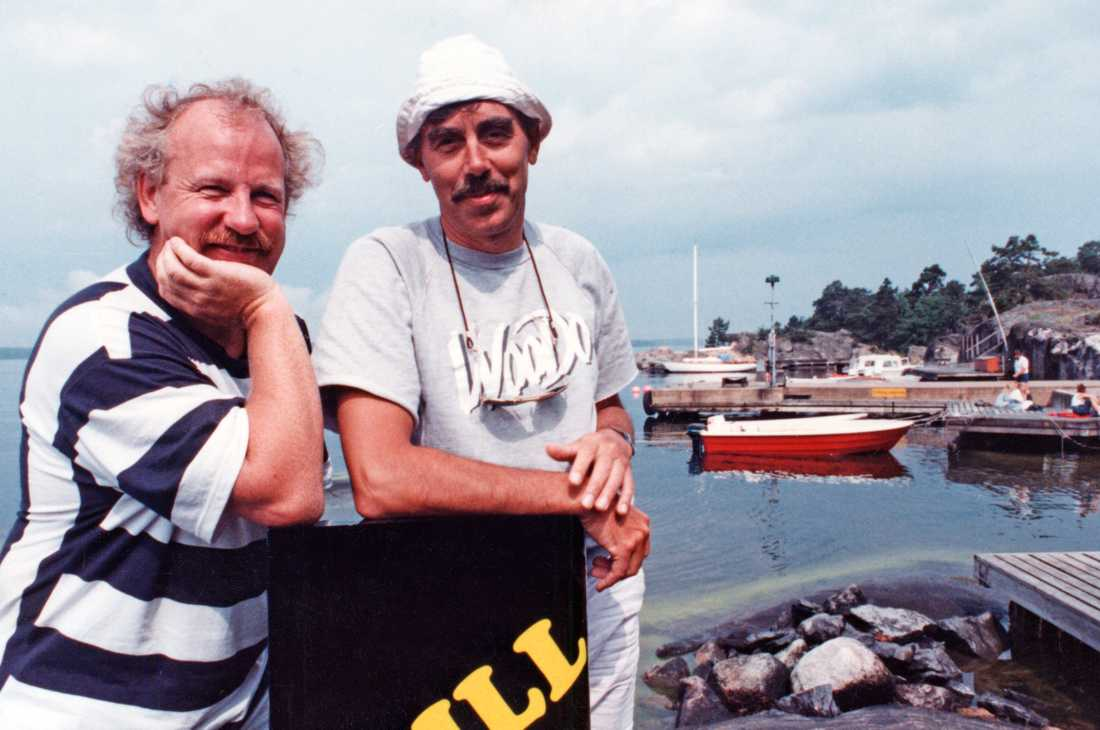Jon Skolmen och Lasse Åberg under inspelningen av SOS  Sällskapsresan.