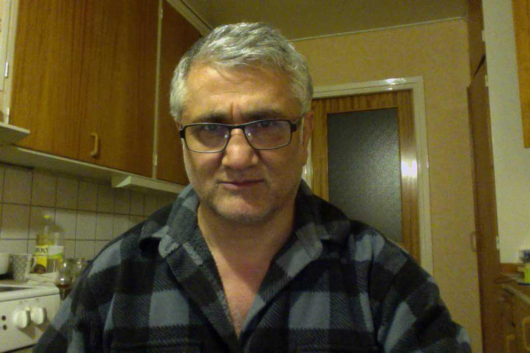 Den svensk-turkiske journalisten och aktivisten Hamza Yalcin greps när han besökte Spanien.