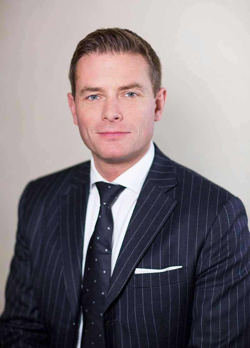 Joakim Larsson är ordförande för M i Stockholms stad.