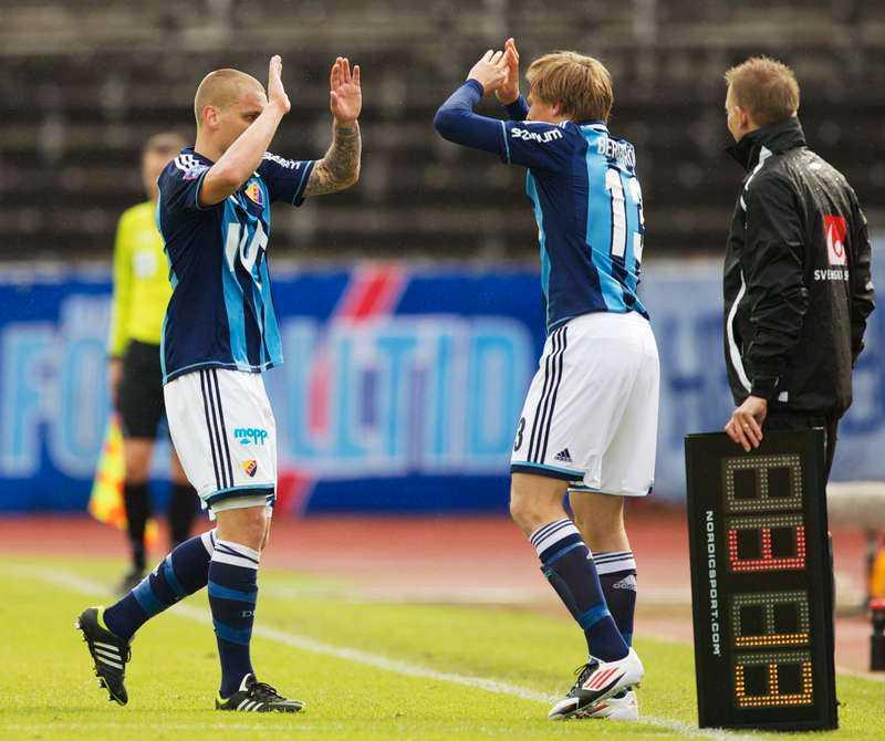 Djurgårdens mittback Marc Pedersen tvingades utgå med en knäskada under gårdagens 1–1-match mot Åtvidaberg.