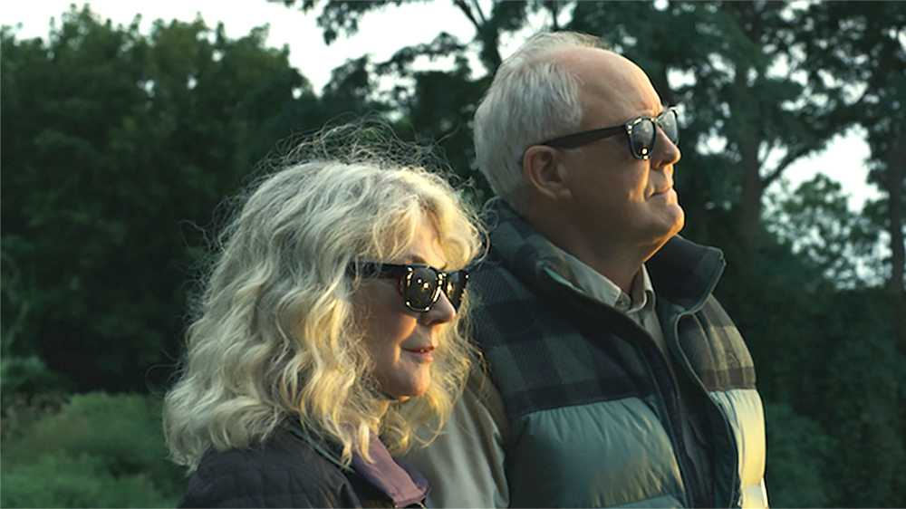 "Blythe Danner och John Lithgow i ""The tomorrow man""."