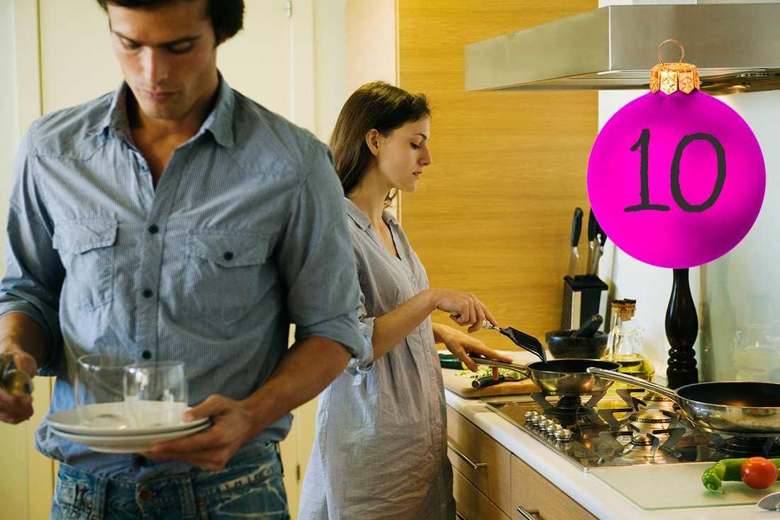 """Lars tips: Ingen ska """"hjälpa till"""" Är det någon i familjen som """"hjälper till""""? Om någon säger att hen""""hjälper till"""" med hem- och hushållsarbete så är arbetet inte jämställt fördelat."""