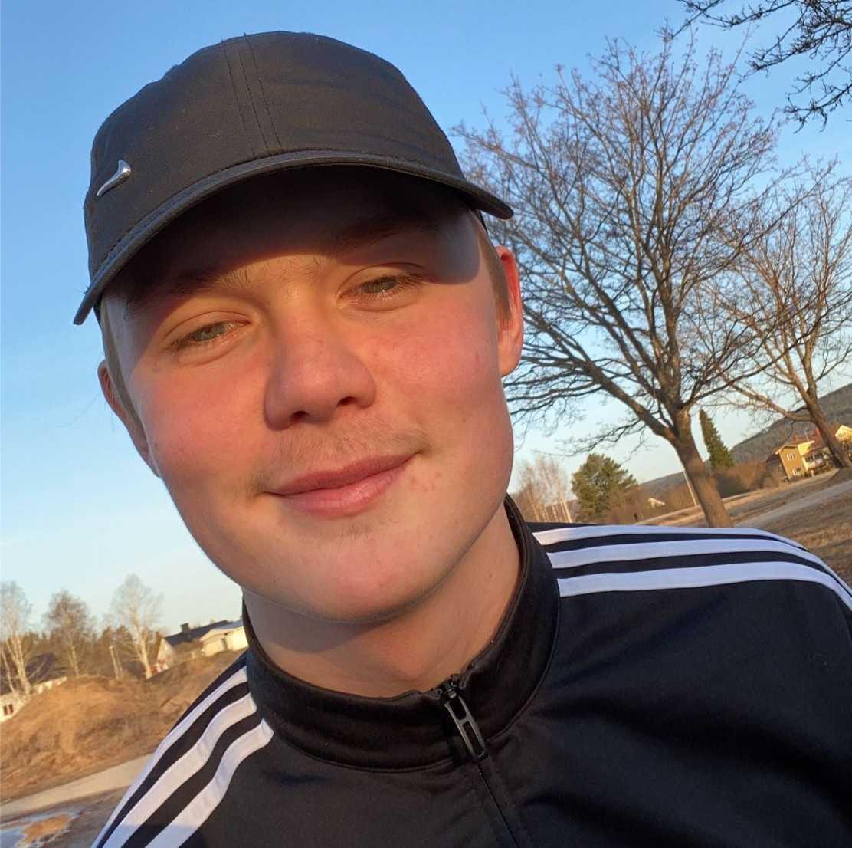 16-årige Emil Idh var en av fyra pojkar som dog i den våldsamma singelolyckan i Sörfors, Sundsvalls kommun.