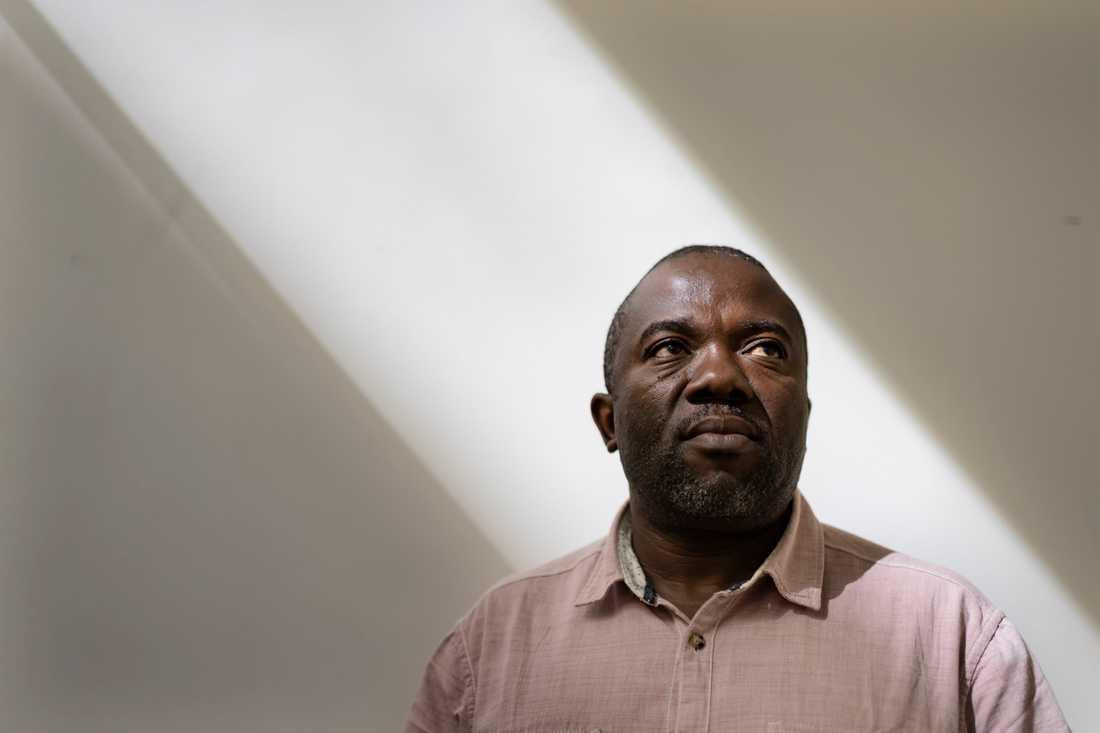 Läkaren Jean Paul Buhendwa menar att falska rykten om ebolaviruset är det största hotet mot en effektiv bekämpning av den pågående epidemin.