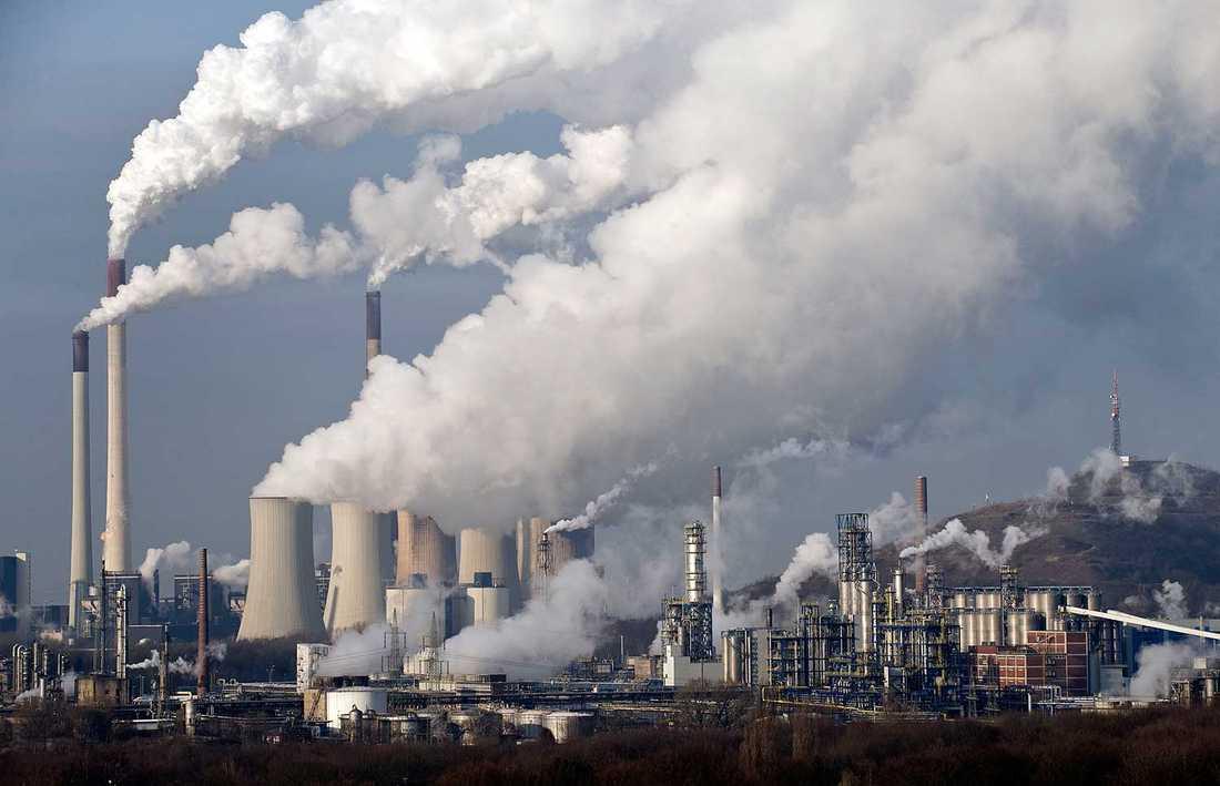 På söndagen lade FN fram sin slutrapport om klimatet. Enligt rapporten ökar utsläppen och ska vara de högsta på 800000 år.
