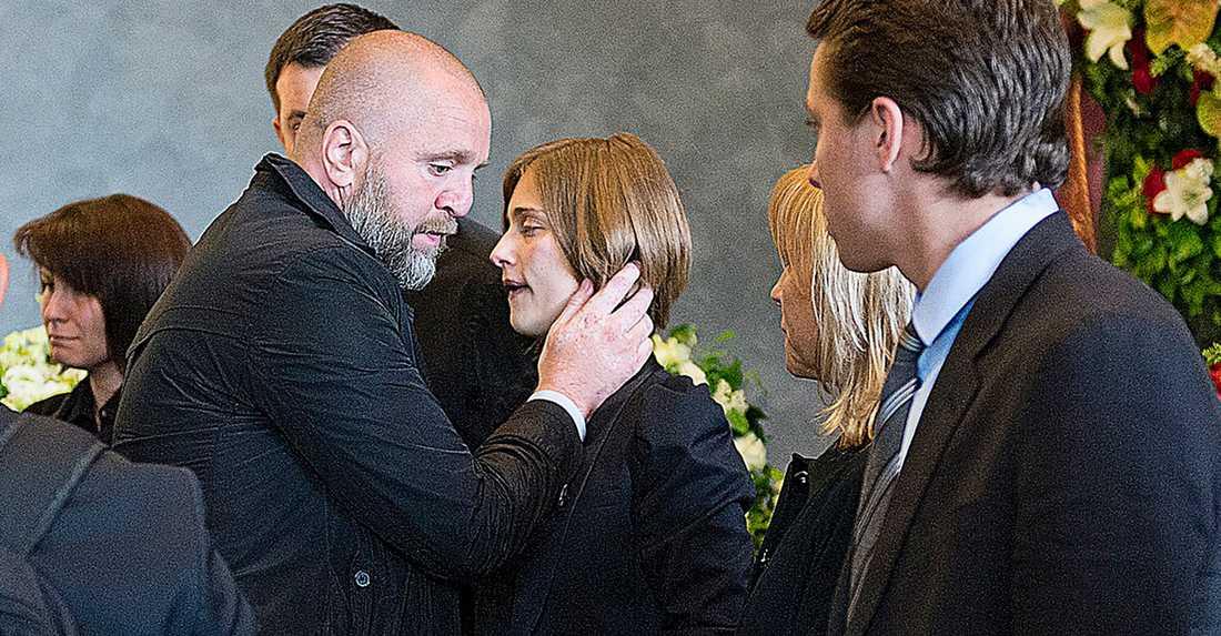 Björn Wesström och Senka på Ivans begravning.
