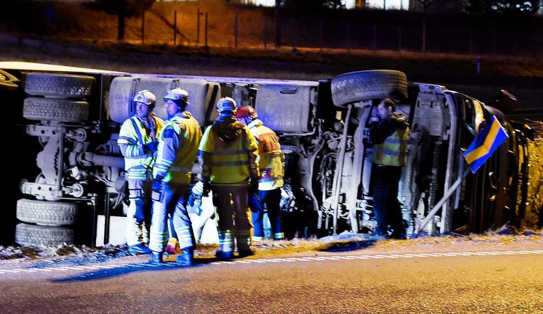 Lastbilsolycka på RV41 i höjd med Kinna tidigt på lördagsmorgonen.