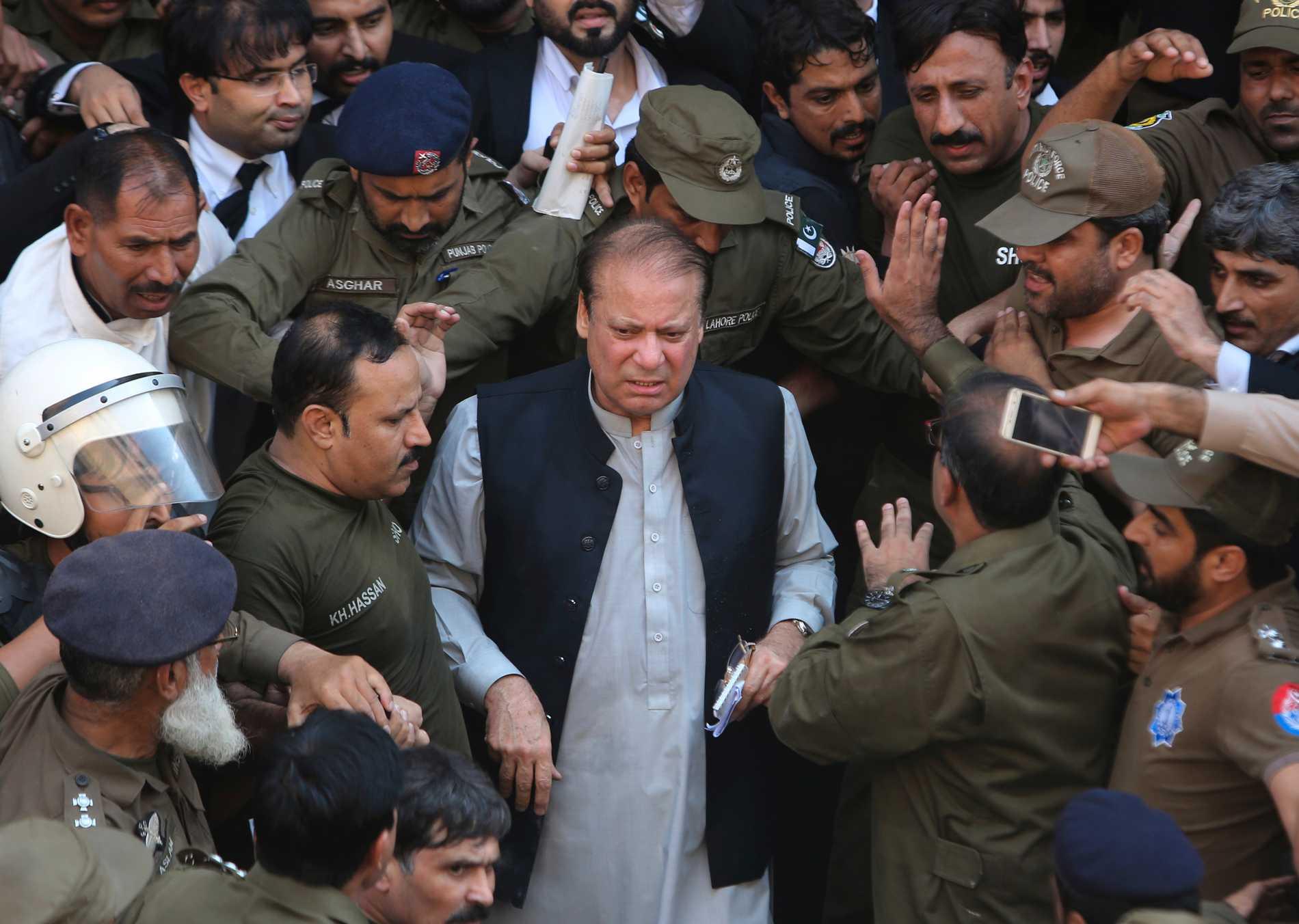Pakistans Exledare Släpps På Fri Fot