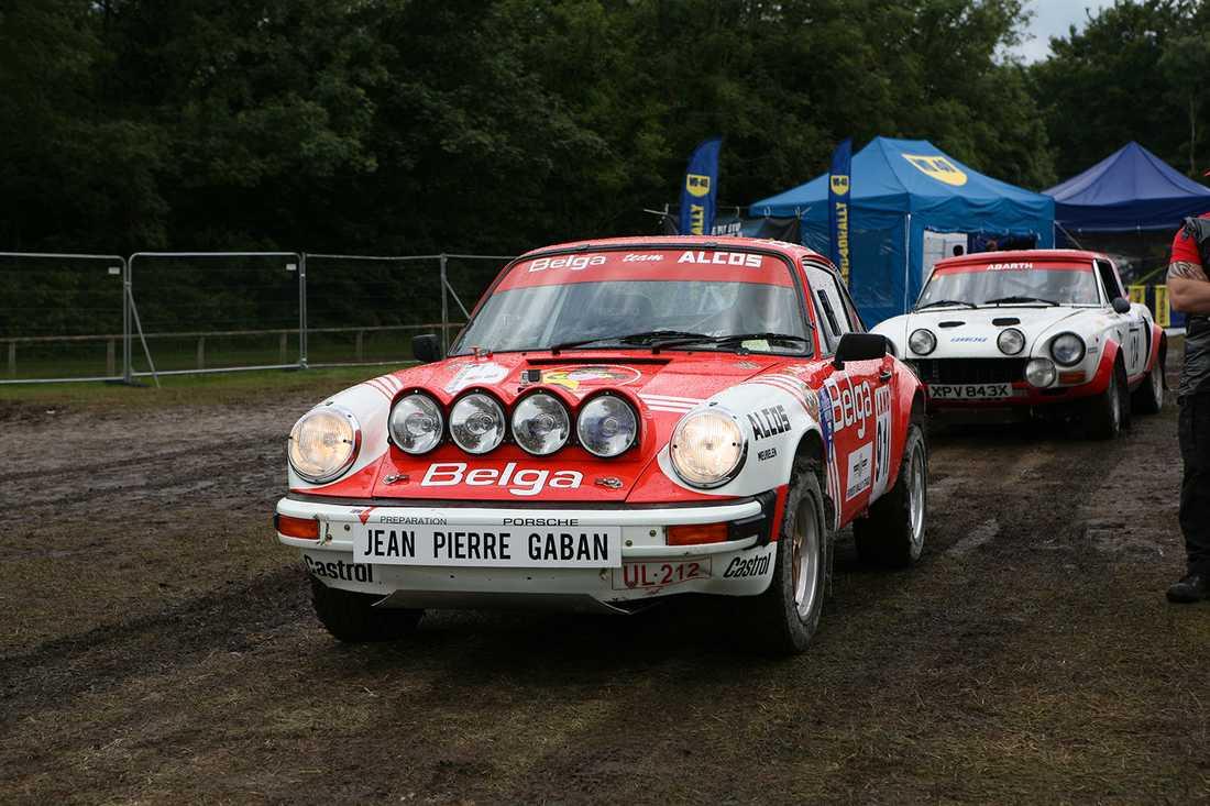 Porsche har även varit med och tävlat i de lerigare tävlingarna...