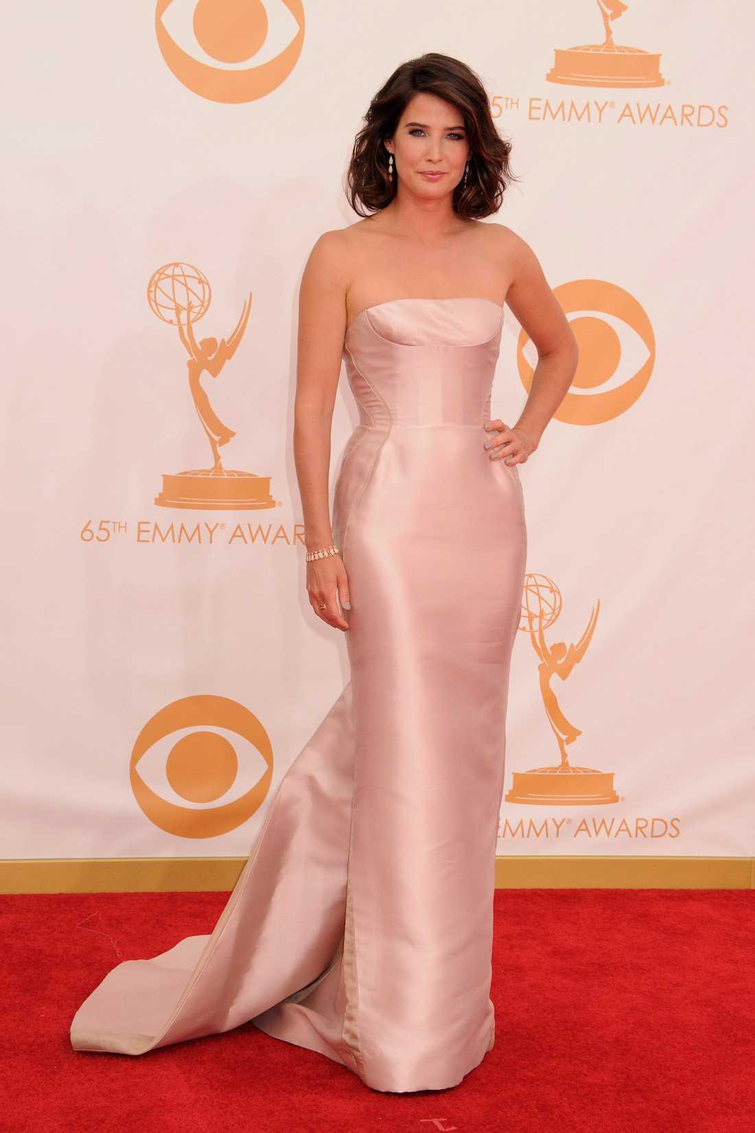 """Cobie Smulder """"How I met your mother""""-aktrisen Cobie Smulder valde liksom så många andra J.Mendel."""
