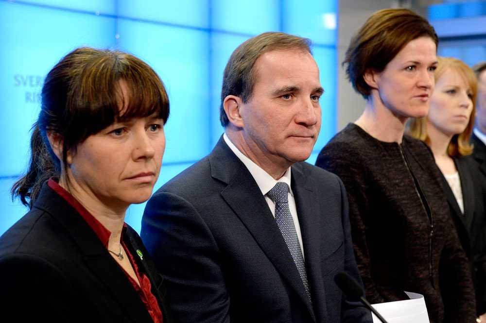 Åsa Romson (MP), Stefan Löfven (S), Anna Kinberg Batra (M) och Annie Lööf (C). Aftonbladets nya undersökning visar att en av fem riksdagsledamöter i Alliansen är beredda att fälla Löfvens budget och bryta överenskommelsen.