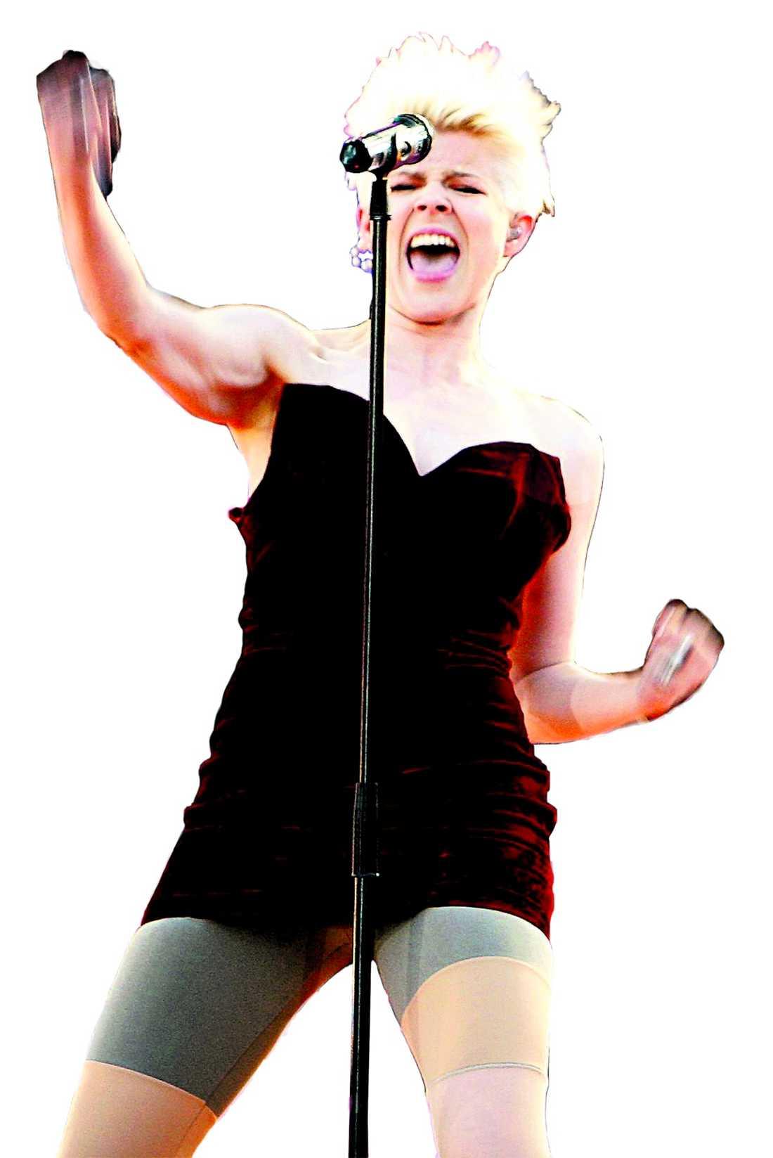 """Robyn: Råroligt Robyn är en av artisterna som du kan se i Aftonbladets nya """"Livelöpet"""", ett banbrytande sätt att se musik live. Det som är unikt med Livelöpet är att publiken kan interagera med varandra – och med artisten. """"Jag ser verkligen fram emot Livelöpet"""", säger stjärnan."""
