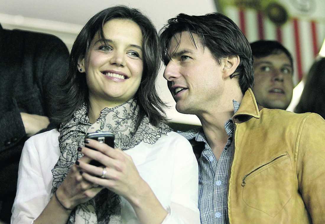 Katie Holmes och Tom Cruise besökte Åkermans fest.