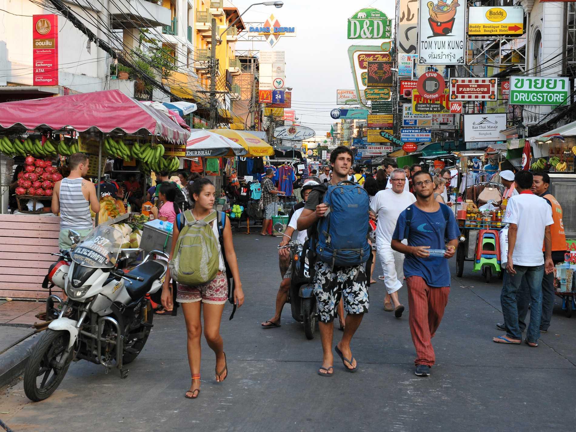 Planen är att Khao San Road ska bli en officiell gågata.