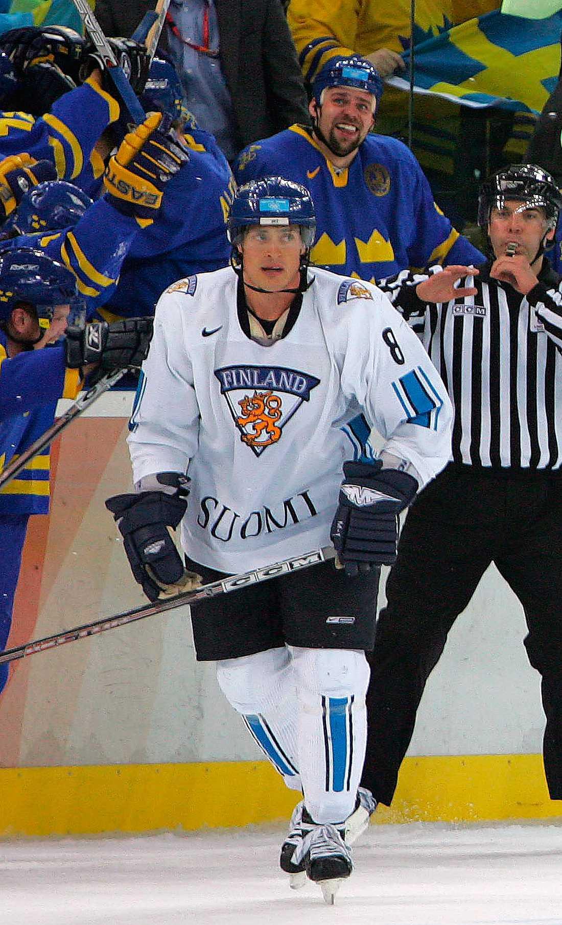 Selänne i OS 2006, TURIN 8 matcher, 6 mål + 5 assist = 11 poäng. Finlands placering: SILVER