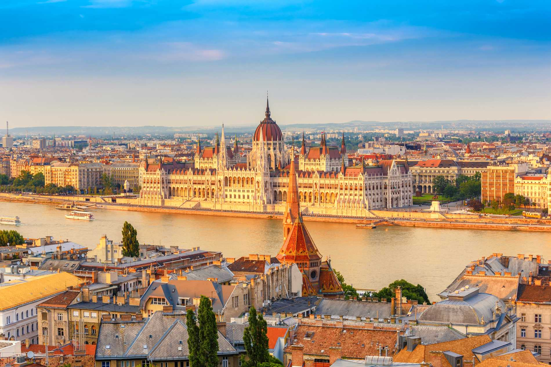 Budapest är två städer som blivit till en.