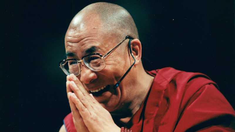1989 fick den 14:e Dalai Lama (Tenzin Gyatso) fredspriset för sitt frihetsarbetet för Tibet och sitt konsekventa motstånd till våld.