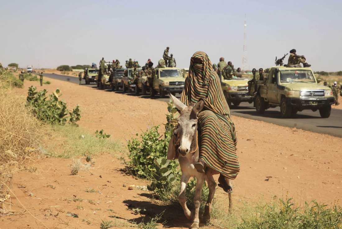 Omkring 2,5 miljoner människor har tvingats fly sina hem under de tidigare oroligheterna i Darfurprovinsen i Sudan. Nya oroligheter har blossat upp. Arkivbild.