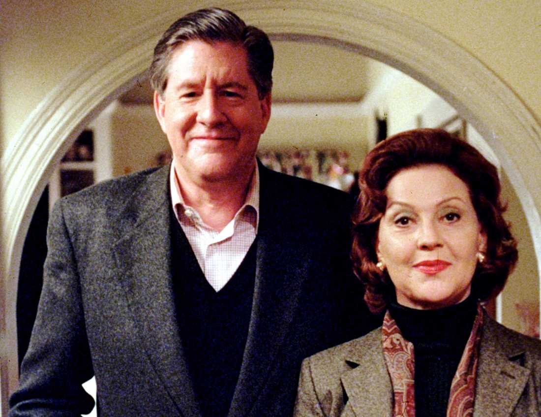 "Edward Herrmann och ""hustrun"" Kelly Bishop i Gilmore Girls 2000."
