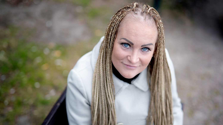 Camilla Nordström arbetar i dag som föreläsare, stödperson, studiecirkelledare samt kommunikatör. Hon  brinner för att stödja utsatta kvinnor.