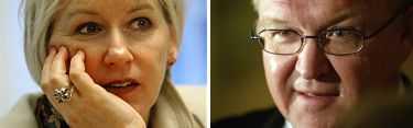 EU-kommissionären Margot Wallström får nej av Göran Persson. Inte lämpligt att blanda partipolitik med EU-politik, anser han.