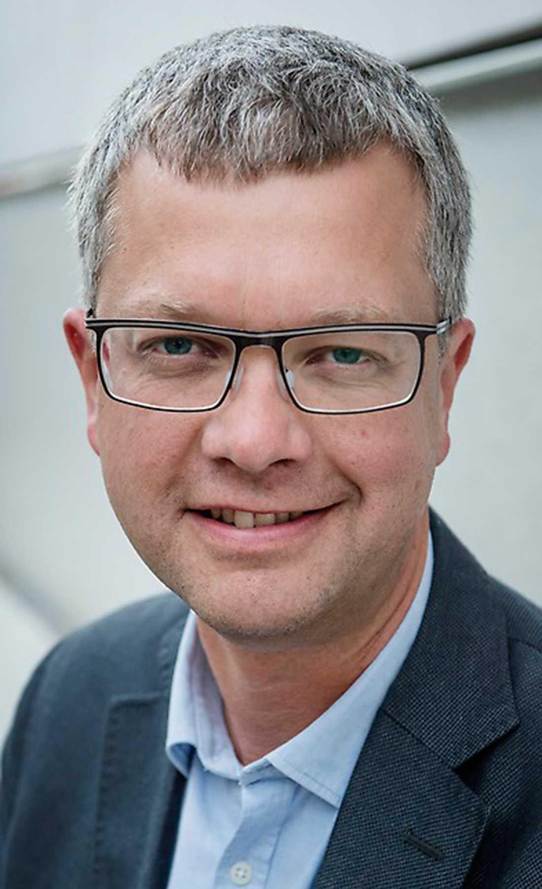 De nya siffrorna har gjort Moderaternas partisekreterare Kent Persson optimistisk.