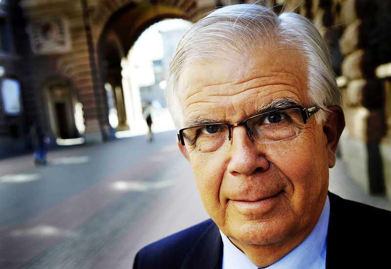 """En rutinerad debutant tar plats i EU-parlamentet. Alf Svensson, 70, hade inte alls tänkt sig att avsluta sin politiska karriär i Bryssel. """"Jag ställde upp för att stärka partiet"""", säger han."""