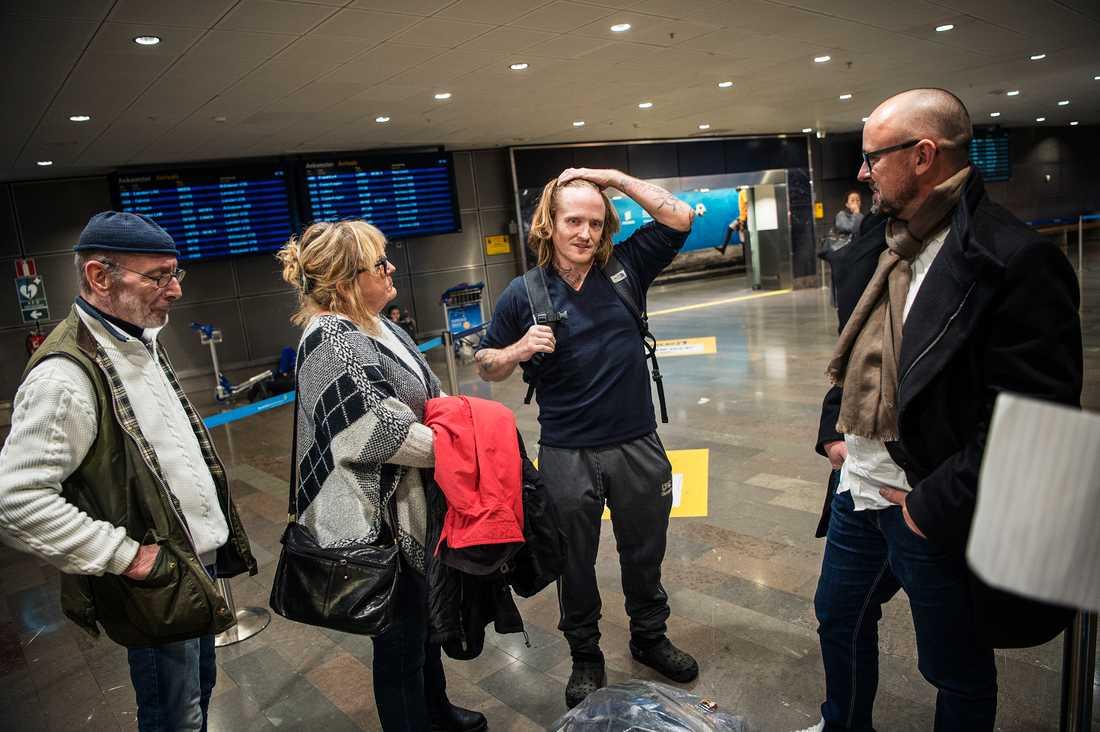 """Daniel Bakke, en av de så kallade """"Tunisiensvenskarna"""" har släppts och landar på Arlanda efter 4 år i fängelse i Tunisien."""
