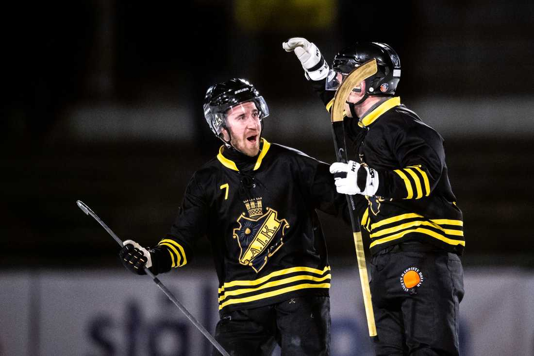 AIK:s Carl Brohäll och Jimmy Jansson.
